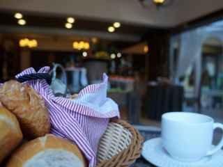 1586560156-cafe-da-manha-pousada-canela-serra-gaucha-jpg.jpg