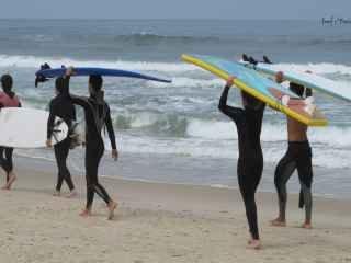 1588619130-pousada-na-praia-do-rosa-sc-35.jpg