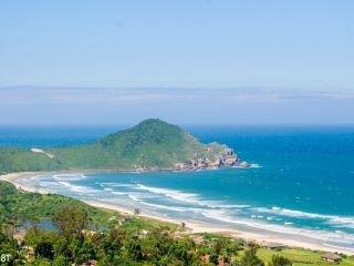 1620484585-atrativos-na-praia-do-rosa-sc-8.jpg