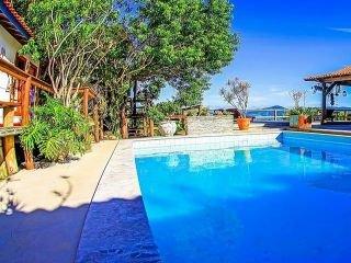 1620775263-praia-do-rosa-pousada-com-piscina.jpg