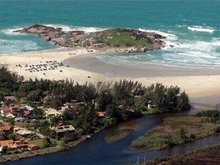 1624123302-pousada-na-praia-da-ferrugem-garopaba-sc-6.jpg